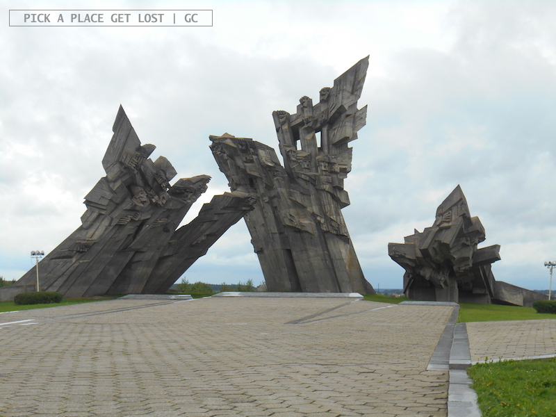 ninth_fort_5_monument