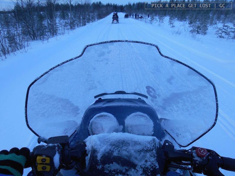 3_rovaniemi_snowmobile_2