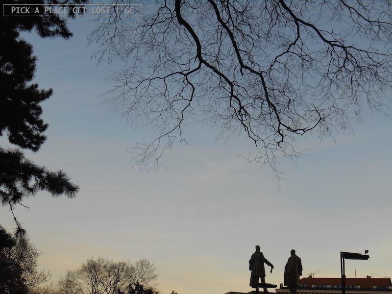brno_winter_silhouettes