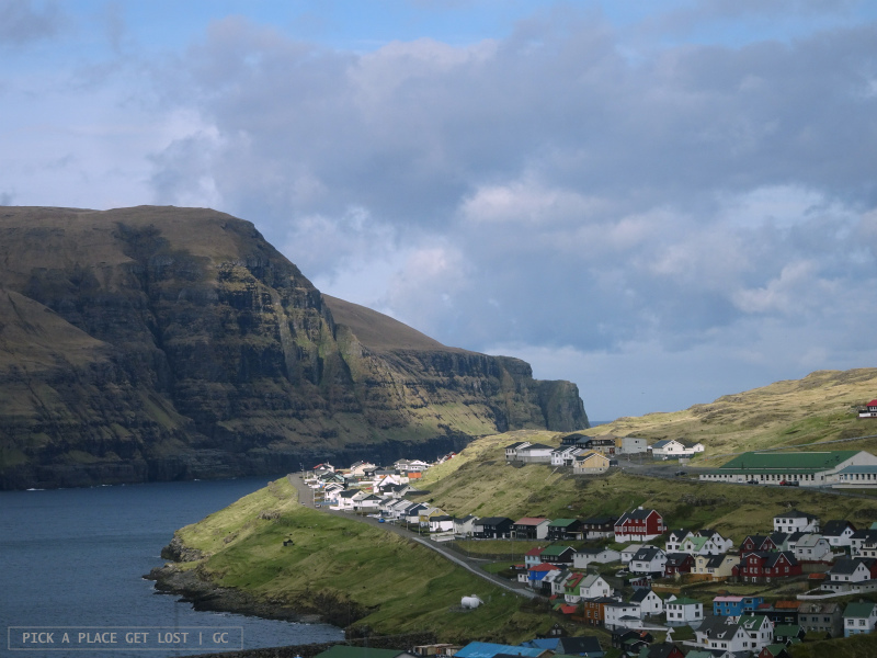 Isole Faroe. Strada per Gjógv. Eiði