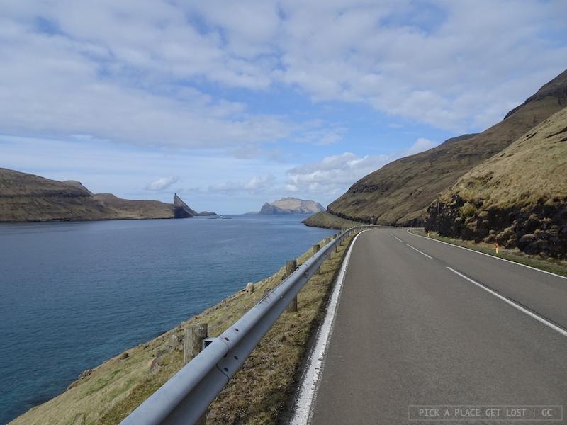 Road to Gásadalur
