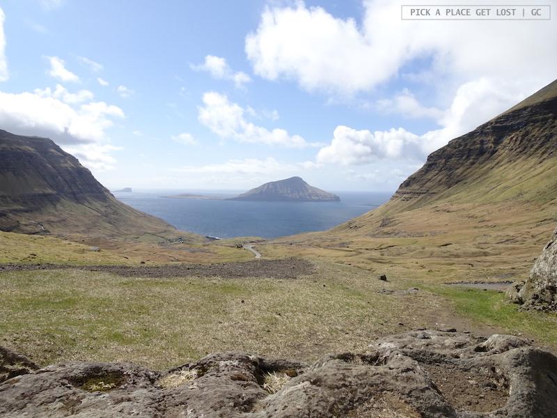 Faroe Islands. Viewing spot near Norðradalur